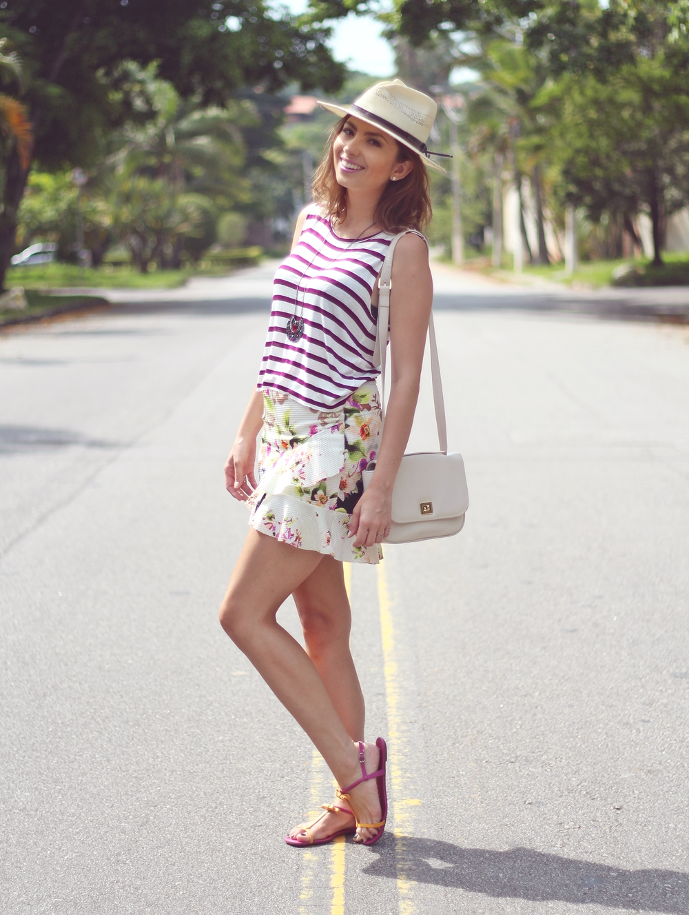 vanduarte-mix-estampas-listras-floral-look3-4