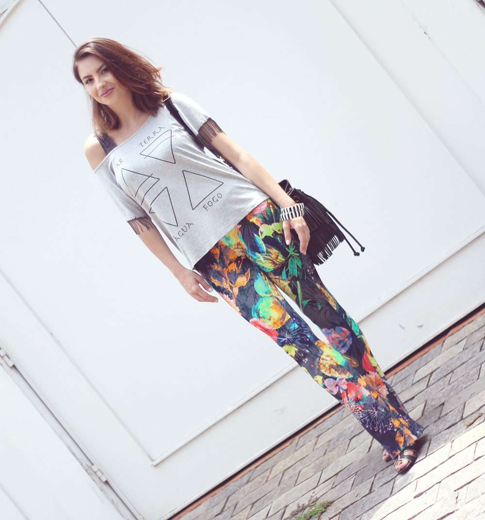 vanduarte-mix-estampas-look1-flare-tshirt-1