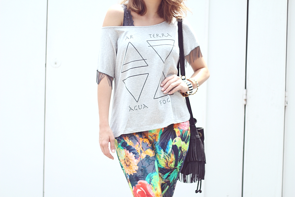 vanduarte-mix-estampas-look1-flare-tshirt-9