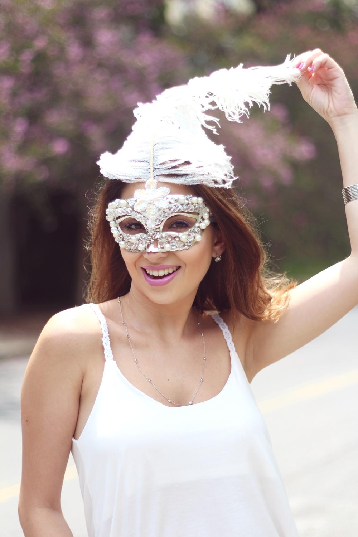 look-de-carnaval-máscara-branca-6
