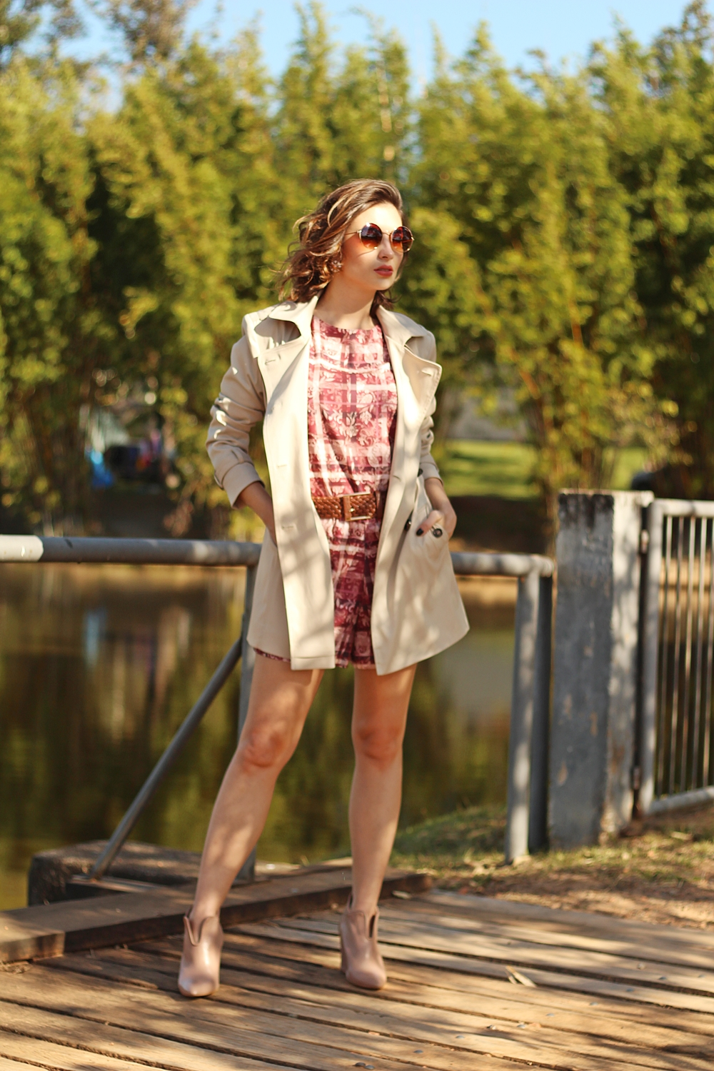 como-usar-trench-coat-look-macaquinho-blog-van-duarte-1