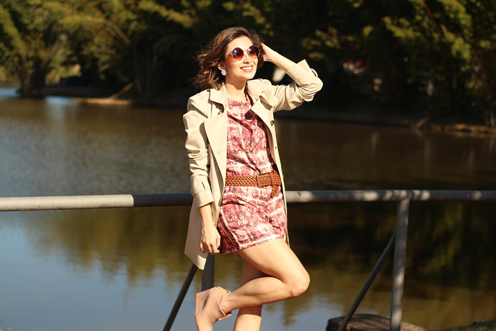 como-usar-trench-coat-look-macaquinho-blog-van-duarte-3
