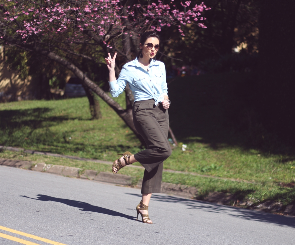 look-camisa-jeans-pantacourt-blog-vanduarte-2