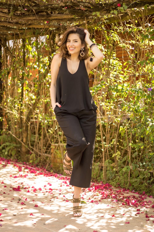 como-usar-calca-pantacourt-post--blog-vanduarte-look-all-black-12