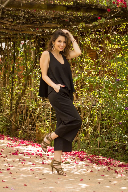 como-usar-calca-pantacourt-post--blog-vanduarte-look-all-black-2