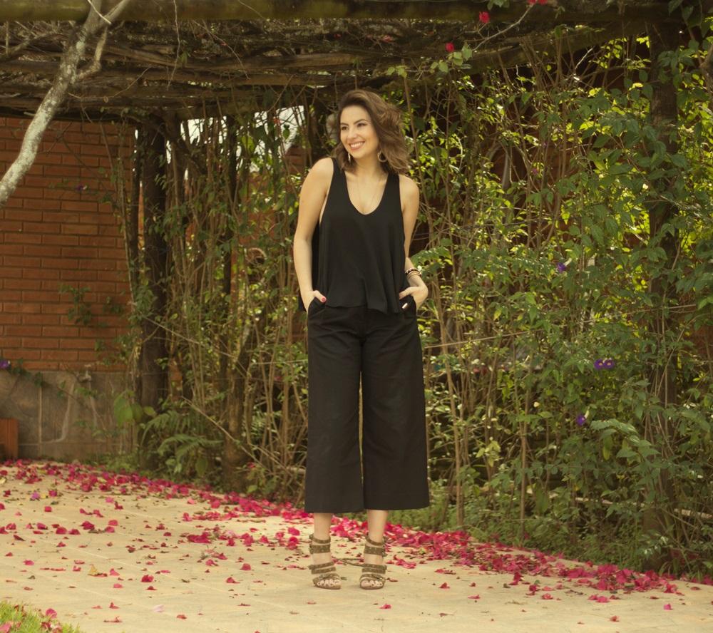 como-usar-calca-pantacourt-post--blog-vanduarte-look-all-black-6