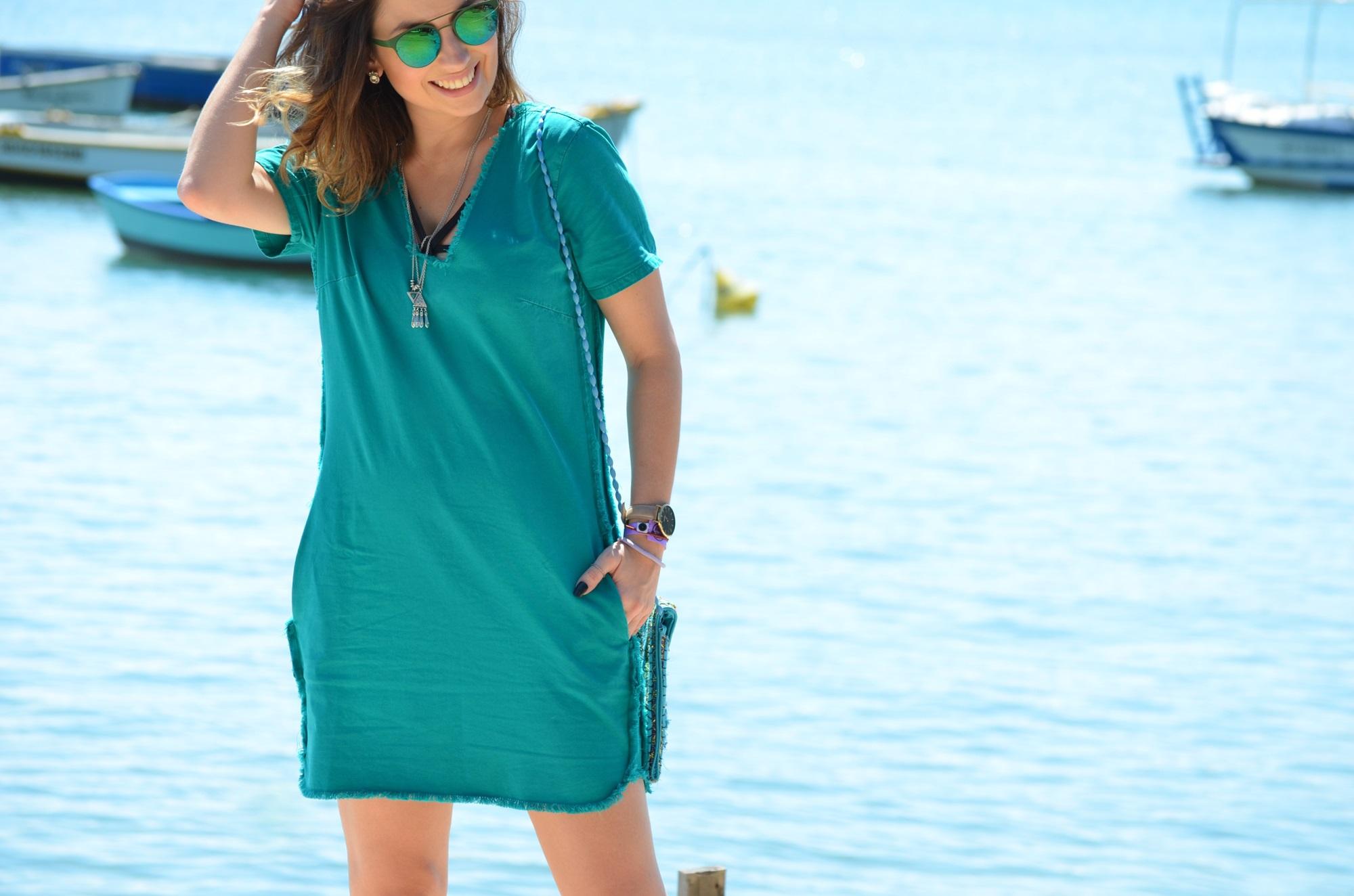 look-vestido-turquesa-buzios-maxi-colete-jeans-blog-vanduarte-1