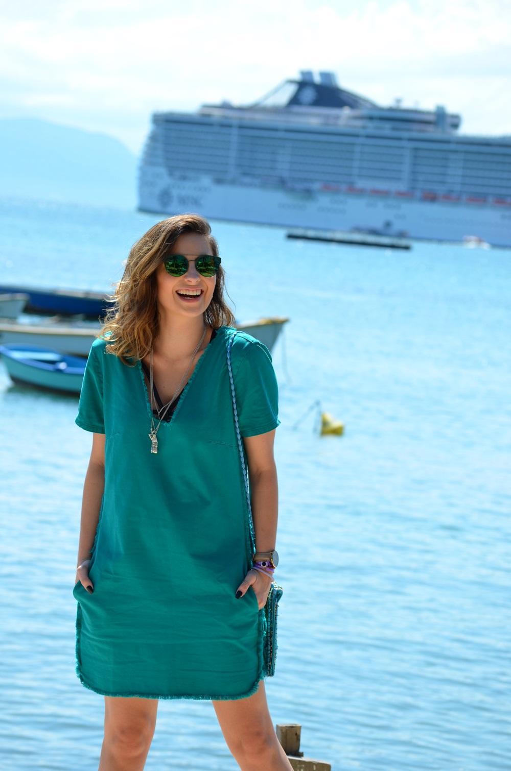 look-vestido-turquesa-buzios-maxi-colete-jeans-blog-vanduarte-3
