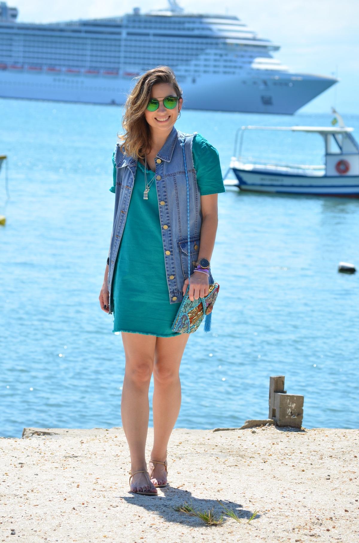 look-vestido-turquesa-buzios-maxi-colete-jeans-blog-vanduarte-7