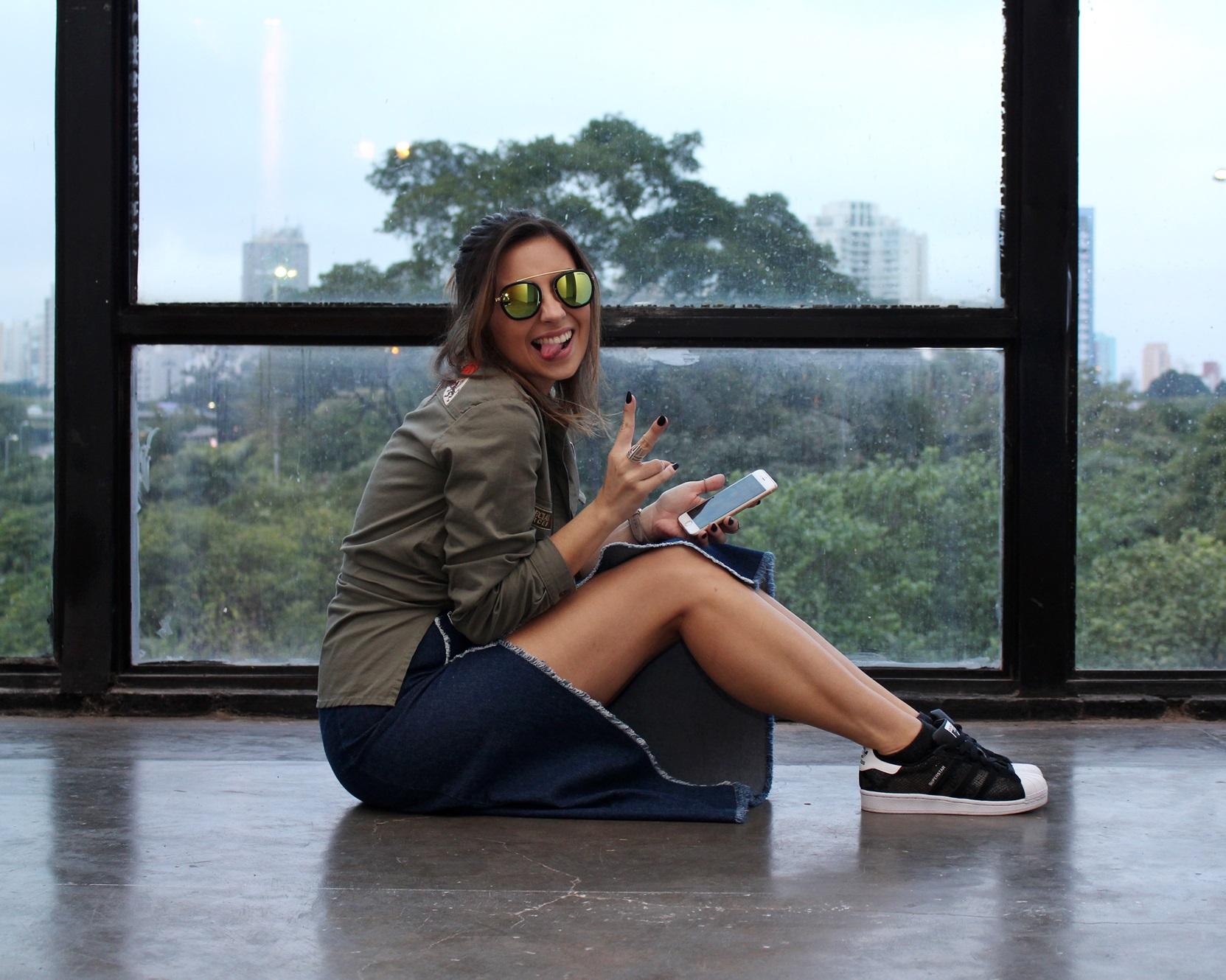 SPFW-N41-street-style-saia-jeans-jaqueta-patches-leboh-blog-van-duarte-3