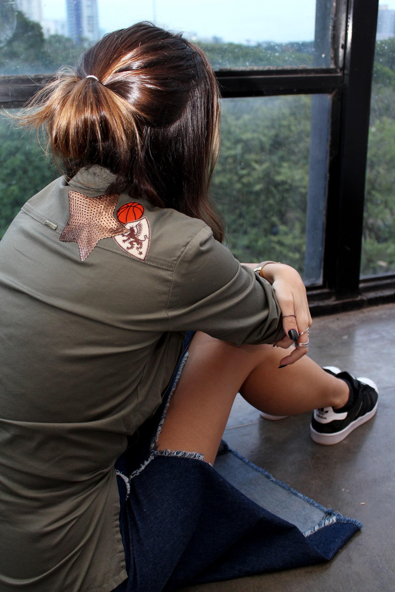 SPFW-N41-street-style-saia-jeans-jaqueta-patches-leboh-blog-van-duarte-5
