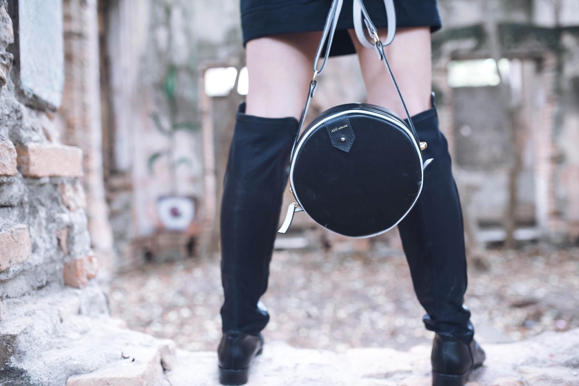 look-street-style-vestido-moletom-bota-over-the-knee-blog-vanduarte-1 (6)