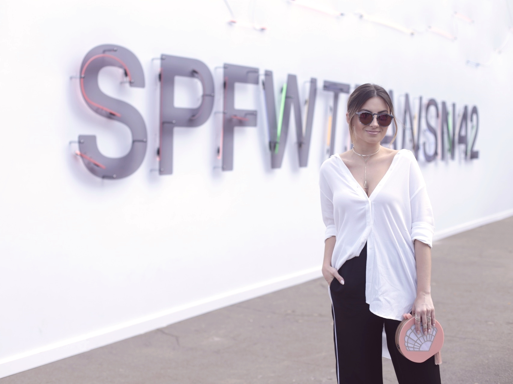 spfwtransn42-look-vanduarte-camisaria-pijama-streetstyle-spfw-blogvanduarte-1