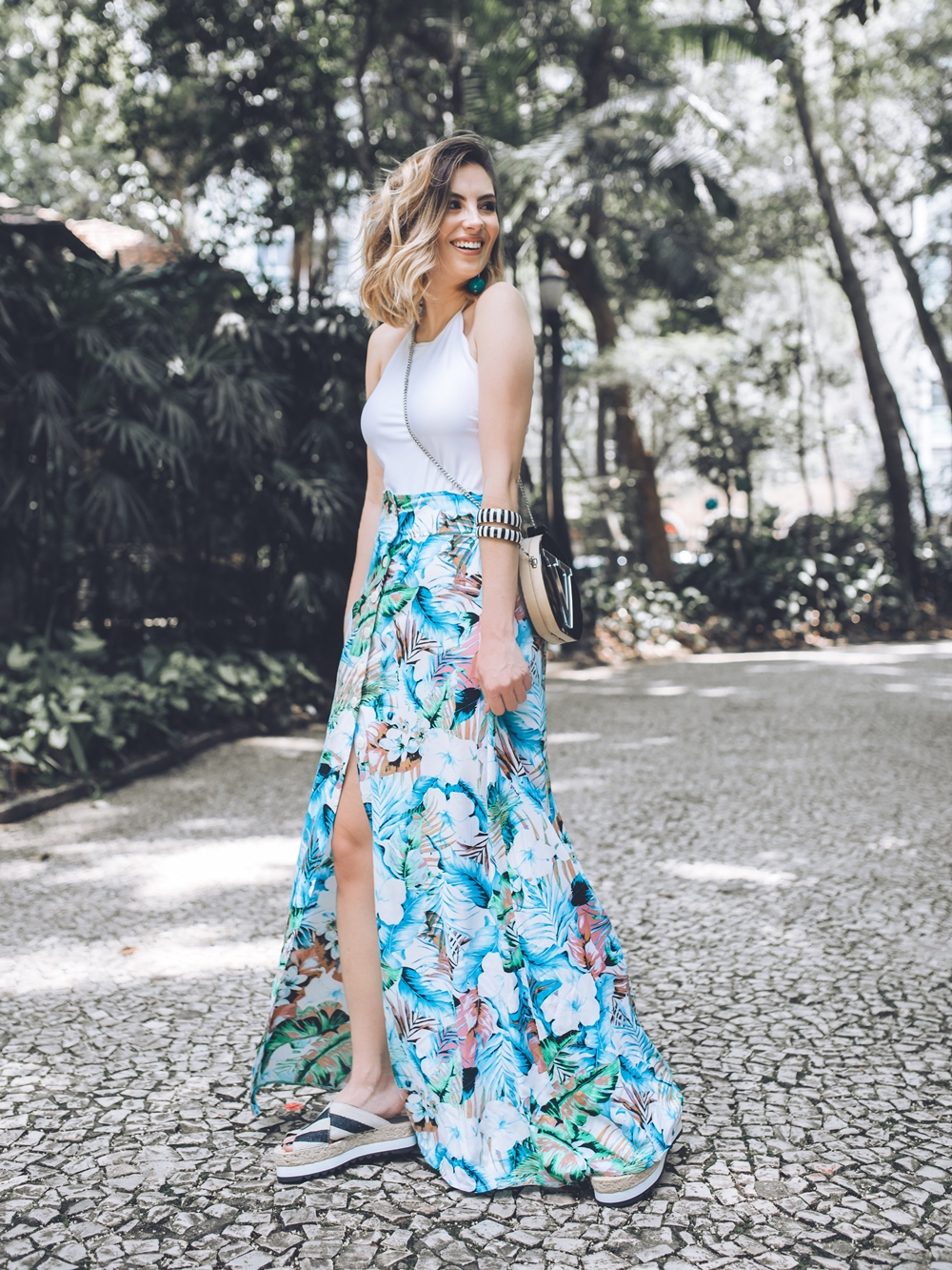 look-body-saia-longa-botoes-estampados-tendencia-verao-2016-2017-blog-vanduarte-3