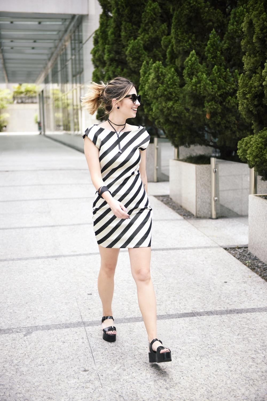 como-usar-looks-fim-ano-dia-a-dia-blog-vestido-lurex-melissa-VANDUARTE-1