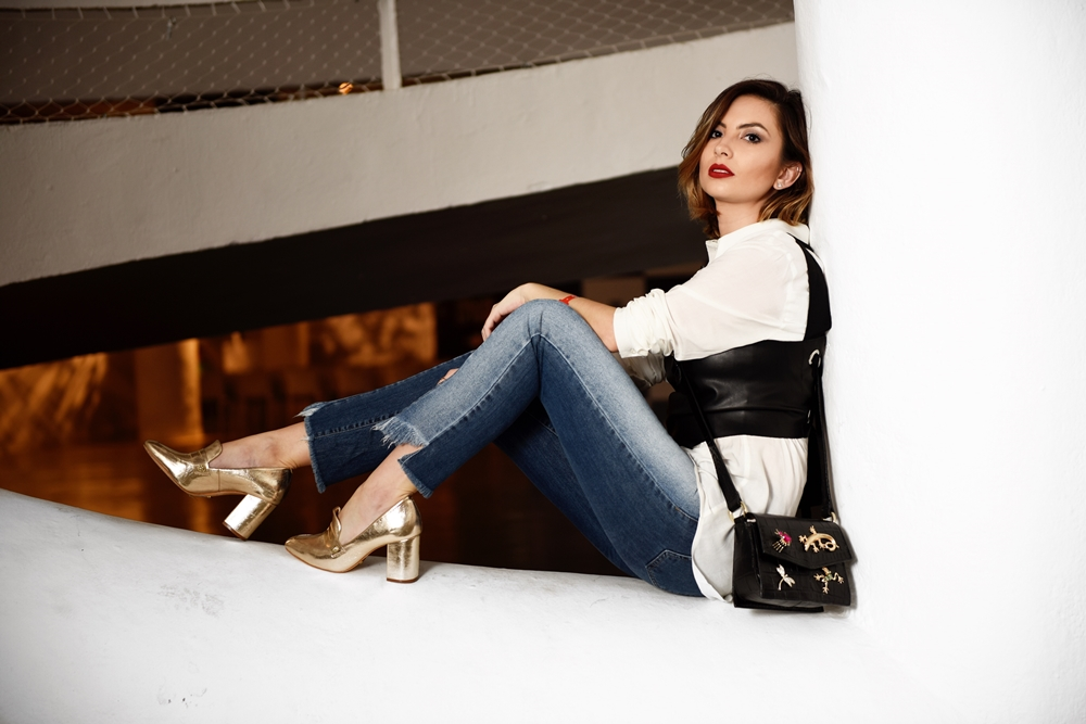 Camisa e Jeans num combo fashionista – Look 1 – SPFW
